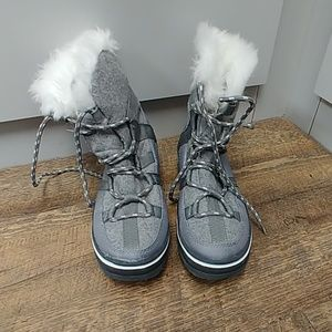 Maurices snow boots